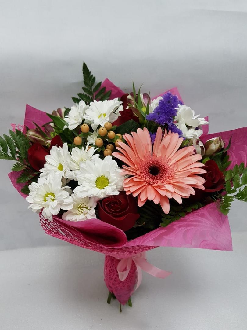 Золотой свадебный, цветы на заказ хабаровск